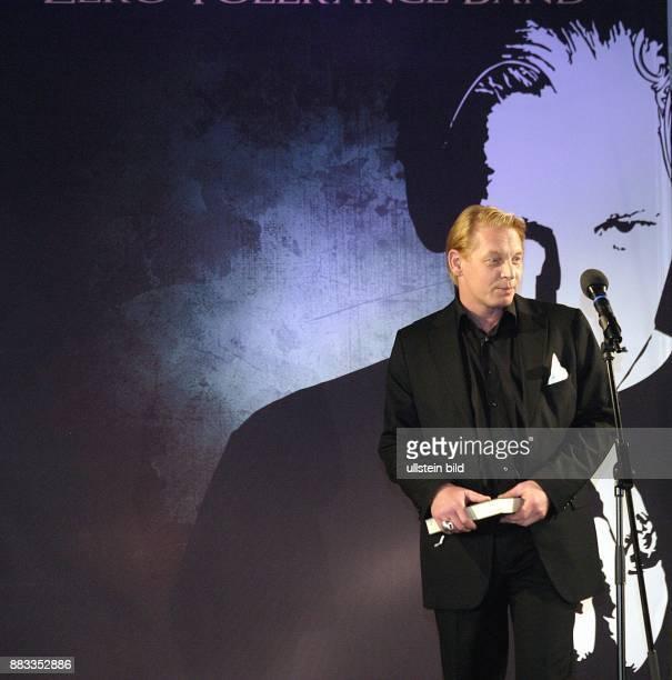 Ben Becker Schauspieler Musiker D praesentiert sein Hoerbuch 'Die Bibel eine gesprochene Symphonie' im Zeiss Planetarium in Berlin