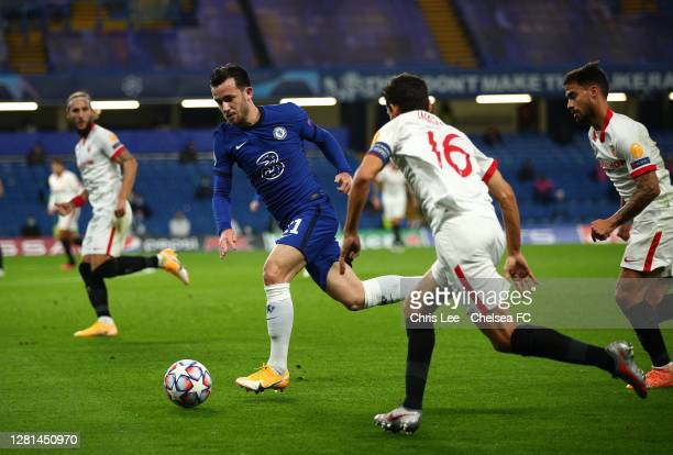 Ben Chilwell of Chelsea races away from the Sevilla defence during the UEFA Champions League Group E stage match between Chelsea FC and FC Sevilla at...