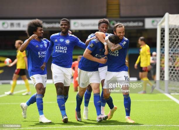 Ben Chilwell of Leicester City celebrates with Demarai Gray, James Maddison, Hamza Choudhury and Kelechi Iheanacho after scoring his team's first...
