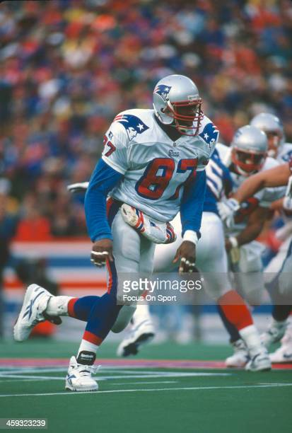 Ben Coates of the New England Patriots in action against the Buffalo Bills during an NFL football game on November 26 1995 at Rich Stadium in Buffalo...