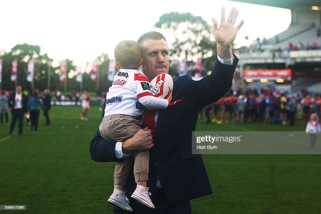 Ben Creagh of the Dragons waves to the crowd after the round 26 NRL match between the St George Illawarra Dragons and the Newcastle Knights at WIN Jubilee Stadium on September 3, 2016 in Sydney, Australia.