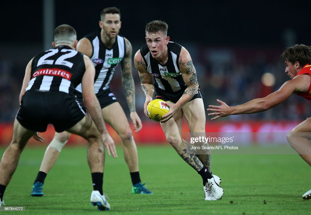 AFL Rd 15 - Gold Coast v Collingwood : News Photo