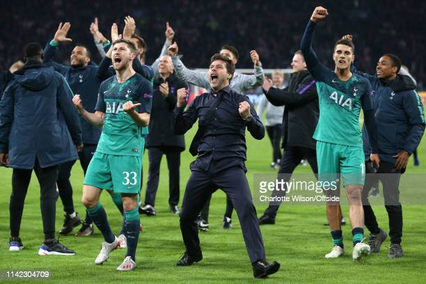 Ben Davies of Tottenham and manager Mauricio Pochettino celebrate during the UEFA Champions League Semi Final second leg match between Ajax and...