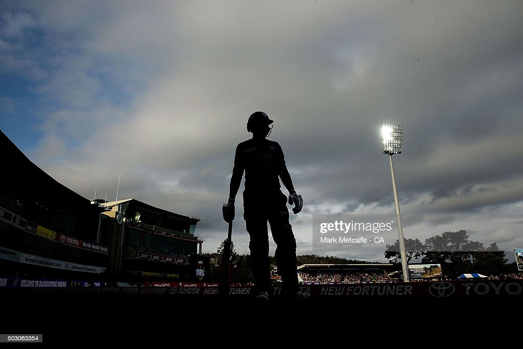 Big Bash League - Hobart Hurricanes v Sydney Thunder