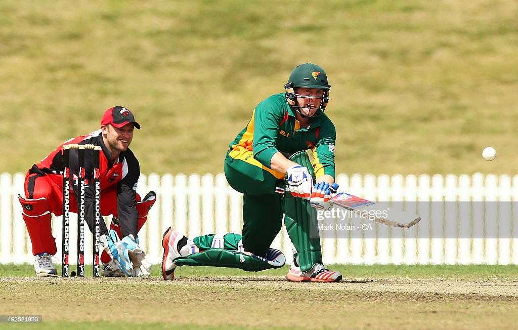 Ben Dunk of the Tigers bats during the Matador BBQs One Day Cup match between South Australia and Tasmania at Blacktown International Sportspark on October 14, 2015 in Sydney, Australia.