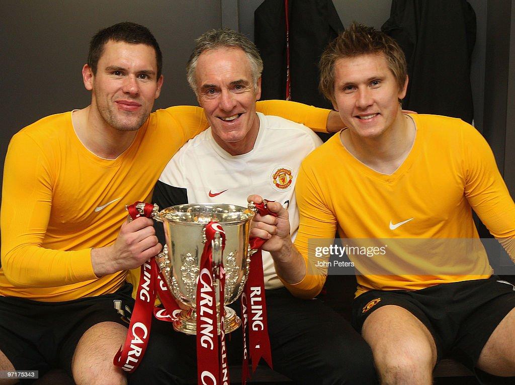 Carling Cup Final Aston Villa v Manchester United : News Photo