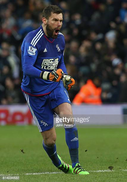 Ben Foster of West Bromwich Albion celebrates Salomon Rondon scoring their first goal during the Barclays Premier League match between West Bromwich...