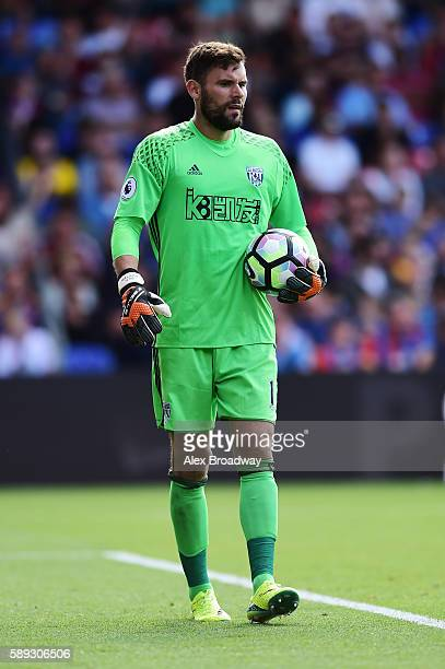 Ben Foster of West Bromwich Albion in action during the Premier League match between Crystal Palace and West Bromwich Albion at Selhurst Park on...
