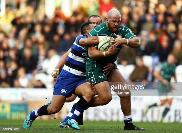 Ben Franks of London Irish is tackled by Kahn Fotuali'i of Bath Rugby during the Aviva Premiership match between London Irish and Bath Rugby at...