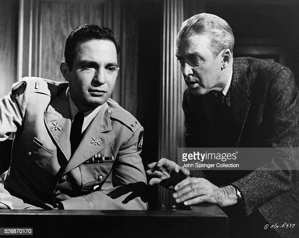 Ben Gazzara and James Stewart during a trial in Anatomy of a Murder