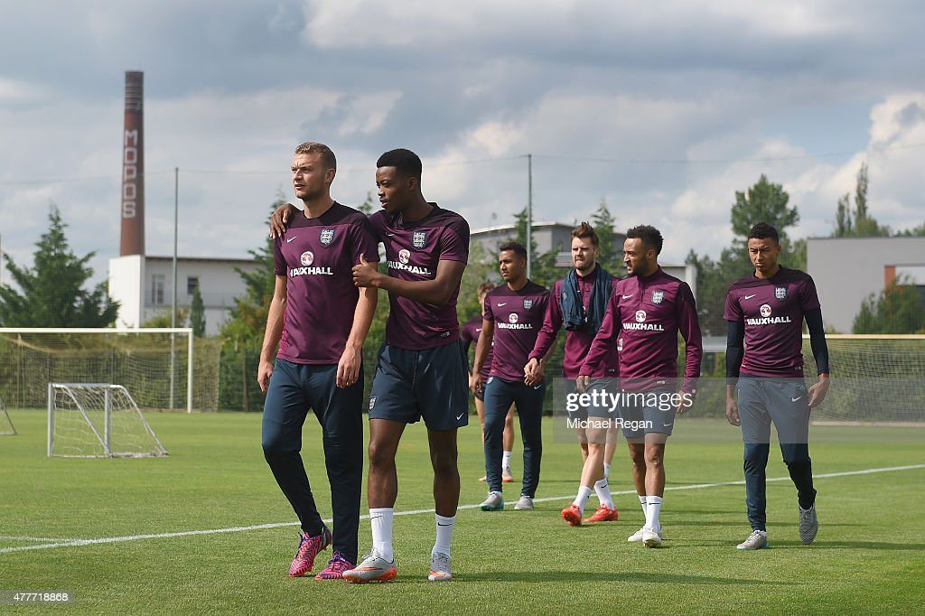 Ben Gibson and Nathaniel Chalobah look on during the England U21 training session and press conference on June 19, 2015 in Olomouc, Czech Republic.