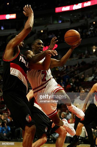 Ben Gordon of the Chicago Bulls drives to the basket against LaMarcus Aldridge of the Portland Trail Blazers on January 12 2009 at the United Center...