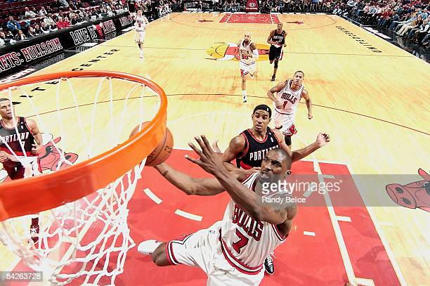 Ben Gordon of the Chicago Bulls goes to the basket past LaMarcus Aldridge of the Portland Trail Blazers during the NBA game on January 12 2009 at the...
