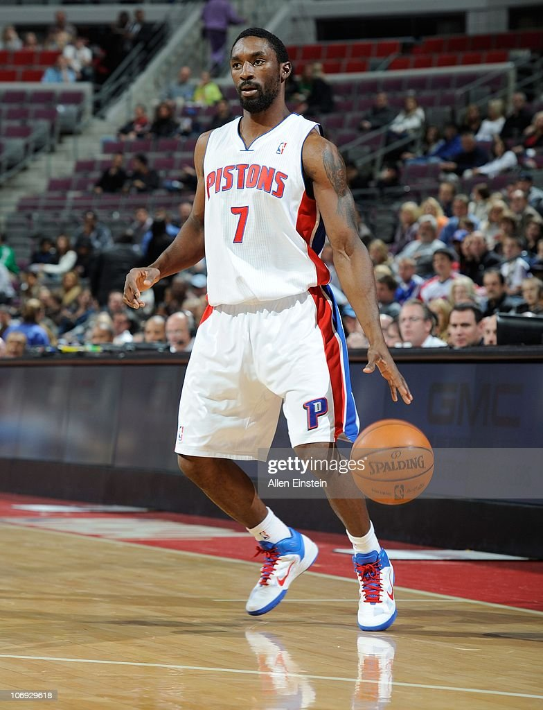 Charlotte Bobcats v Detroit Pistons : News Photo