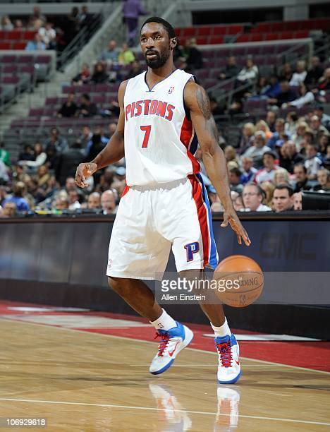 Ben Gordon of the Detroit Pistons handles the ball during a game against the Charlotte Bobcats on November 5 2010 at The Palace of Auburn Hills in...