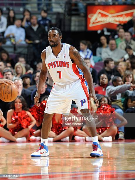 Ben Gordon of the Detroit Pistons looks to defend during a game against the Charlotte Bobcats on November 5 2010 at The Palace of Auburn Hills in...
