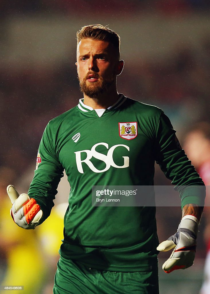 Ben Hamer of Bristol City in action during the Sky Bet Championship match between Bristol City and Leeds United at Ashton Gate on August 19, 2015 in Bristol, England.