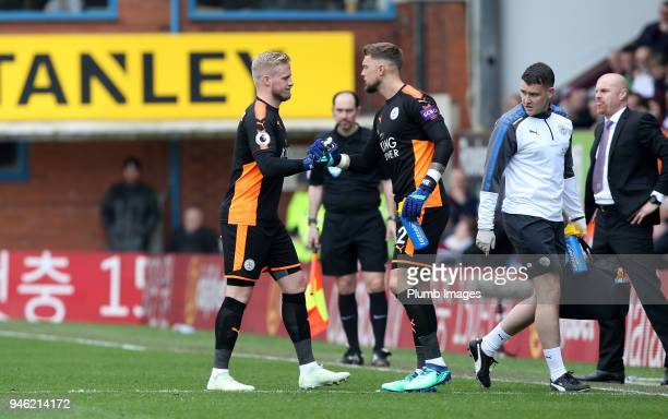 Ben Hamer of Leicester City replaces the injured Kasper Schmeichel of Leicester City during the Premier League match between Burnley and Leicester...