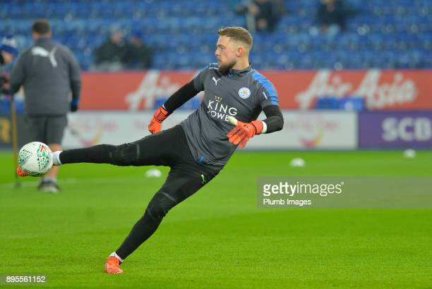 Ben Hamer of Leicester City warms up at King Power Stadium ahead of the Carabao Cup QuarterFinal match between Leicester City and Manchester City at...