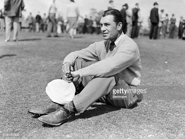 Ben Hogan young pro golfer from White Plains New York who won the 38th Annual North and South Open Golf Tournament here 3/21 with a new tournament...