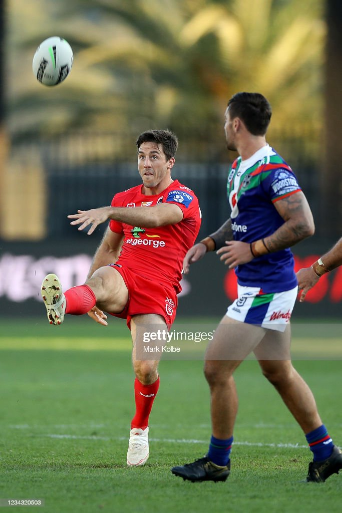 NRL Rd 3 - Warriors v Dragons : News Photo