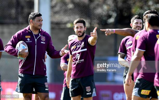 Ben Hunt talks tactics with Assistant Coach Justin Hodges during a Queensland Maroons State of Origin training session at Langlands Park on July 02,...