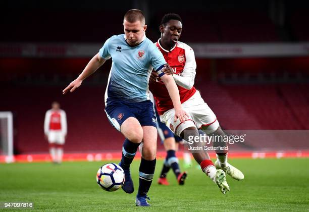 Ben Jacobson of Blackpool holds off Nana Avarkwa of Blackpool during the FA Youth Cup Semi Final 2nd Leg between Arsenal and Blackpool at Emirates...