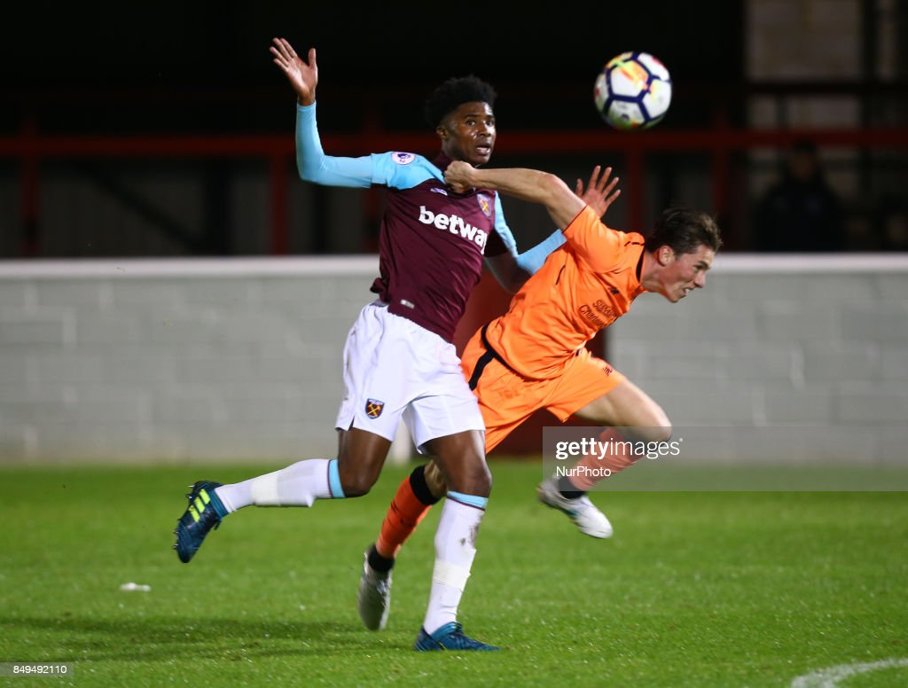 L-R Ben Johnson of West Ham United and Harry Wilson of Liverpool during Premier League 2 Division 1 match between West Ham United Under 23s and Liverpool Under 23s at Dagenham and Redbridge Chigwell Construction Stadium, Dagenham, England on 18 Sept 2017.