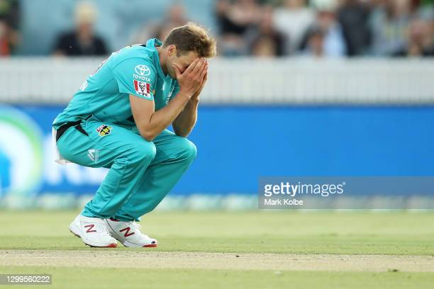Ben Laughlin of the Heat shows his frustration during the Big Bash League match between the Sydney Thunder and the Brisbane Heat at Manuka Oval, on...