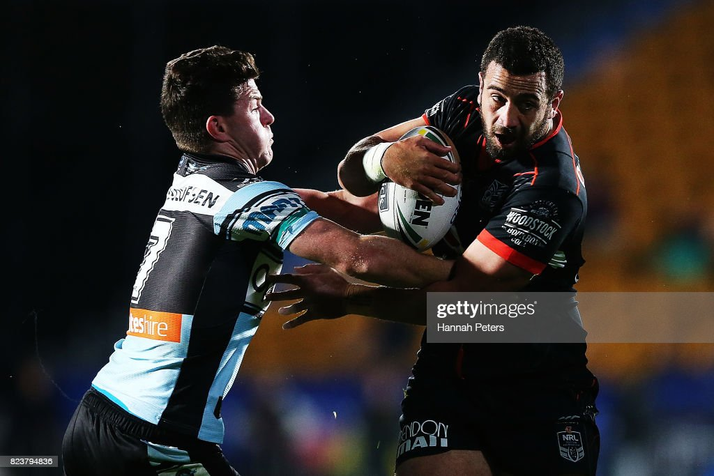 Ben Matulino of the Warriors charges forward during the round 21 NRL match between the New Zealand Warriors and the Cronulla Sharks at Mt Smart Stadium on July 28, 2017 in Auckland, New Zealand.