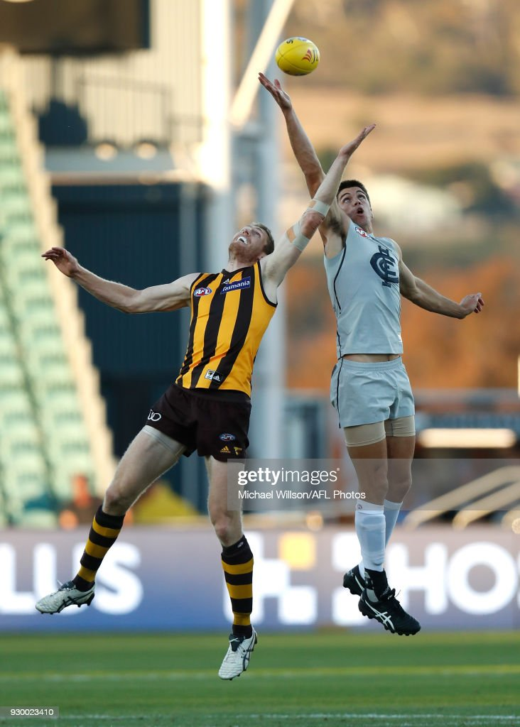 Ben McEvoy of the Hawks and Matthew Kreuzer of the Blues compete in a ruck contest during the AFL 2018 JLT Community Series match between the Hawthorn Haws and the Carlton Blues at UTAS Stadium on March 10, 2018 in Launceston, Australia.