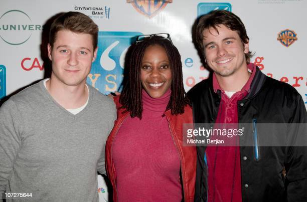 Ben McKenzie Debra Wilson and Jason Ritter pose at the 2010 Young Storytellers Foundation Event at The Crossroads School on December 2 2010 in Santa...