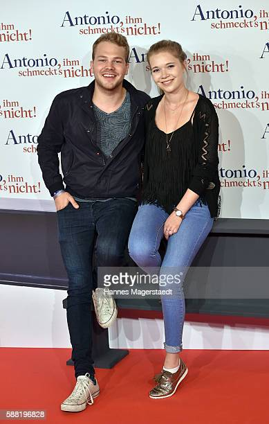 Ben Muenchow and Farina Flebbe attend the premiere of the film 'Antonio ihm schmeckt's nicht' at Mathaeser Filmpalast on August 10 2016 in Munich...