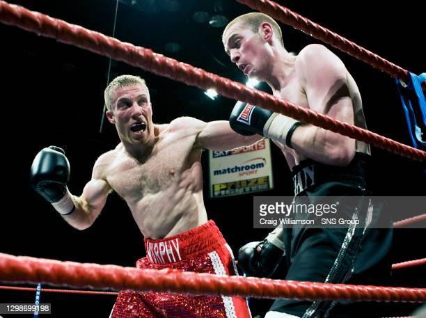 Ben MURPHY v Ryan BRAWLEY .KELVINHALL - GLASGOW.Englishman Ben Murphy has Ryan Brawley on the ropes