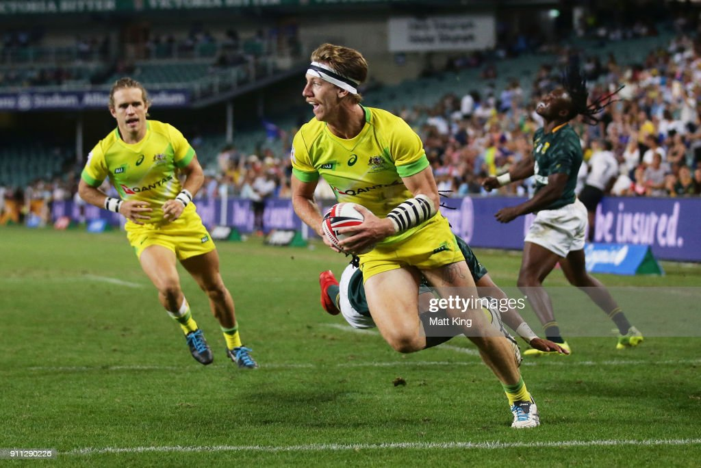 Ben O'Donnell of Australia scores a try in the Men's final match against South Africa during day three of the 2018 Sydney Sevens at Allianz Stadium on January 28, 2018 in Sydney, Australia.