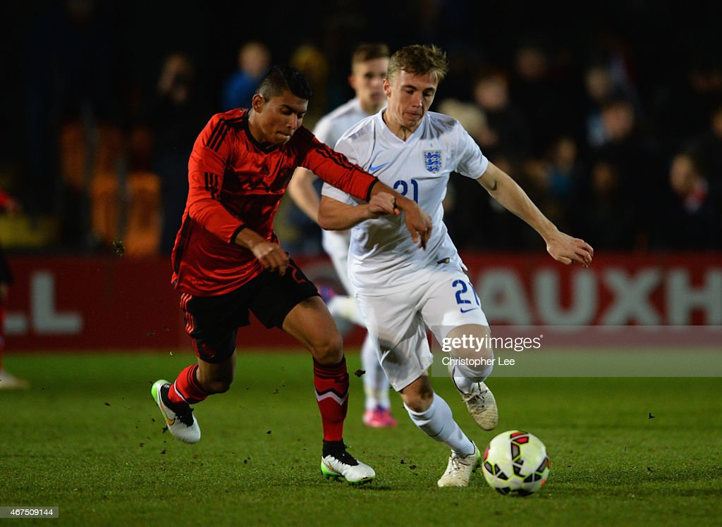 Ben Osborn of England battles with Orbelin Pineda Alvarado of Mexico during the U20 International Friendly match between England and Mexico at The Hive on March 25, 2015 in Barnet, England.