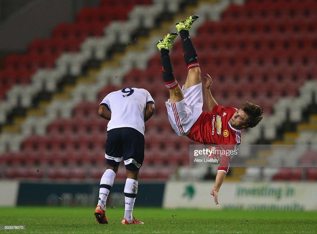 Manchester United U21 v Tottenham Hotspur U21: Barclays U21 Premier League : News Photo