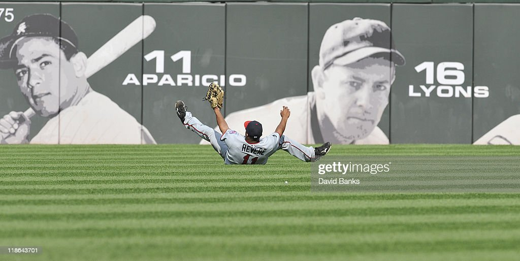 Ben Revere #11 of the Minnesota Twins makes a diving catch against the Chicago White Sox on July 9, 2011 at U.S. Cellular Field in Chicago, Illinois. The White Sox defeated the Twins 4-3.