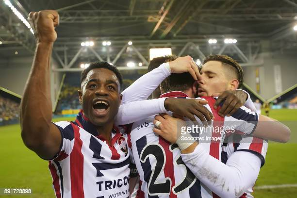 Ben Rienstra of Willem II celebrates 12 with Bartholomew Ogbeche of Willem II Fran Sol of Willem II during the Dutch Eredivisie match between Vitesse...