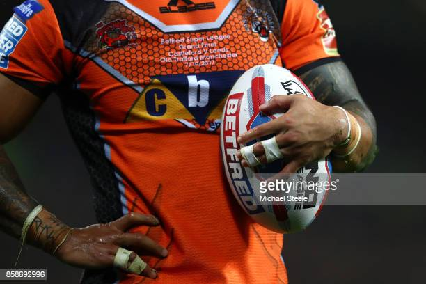 Ben Roberts of Castleford Tigers holds the ball during the Betfred Super League Grand Final match between Castleford Tigers and Leeds Rhinos at Old...