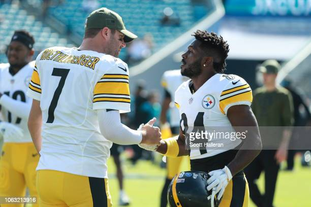 Ben Roethlisberger of the Pittsburgh Steelers and Antonio Brown of the Pittsburgh Steelers embrace before the game between between the Jacksonville...