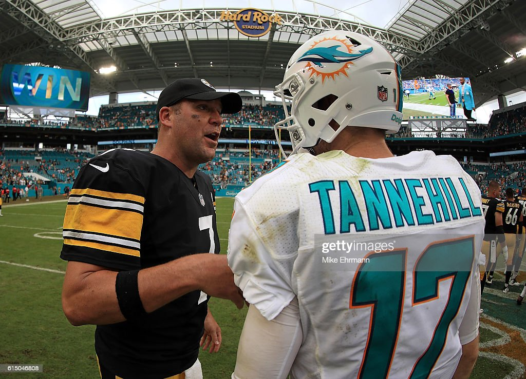 Ben Roethlisberger #7 of the Pittsburgh Steelers and Ryan Tannehill #17 of the Miami Dolphins shake hands following a game on October 16, 2016 in Miami Gardens, Florida.