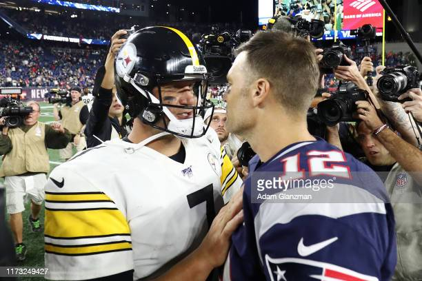 Ben Roethlisberger of the Pittsburgh Steelers and Tom Brady of the New England Patriots shake hands after the Patriots defeated the Steelers 333 at...