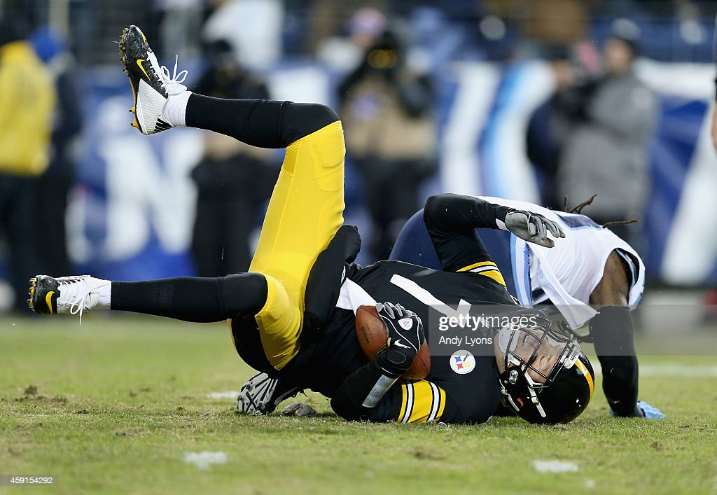 Ben Roethlisberger #7 of the Pittsburgh Steelers is sacked during the game against the Tennessee Titans at LP Field on November 17, 2014 in Nashville, Tennessee.