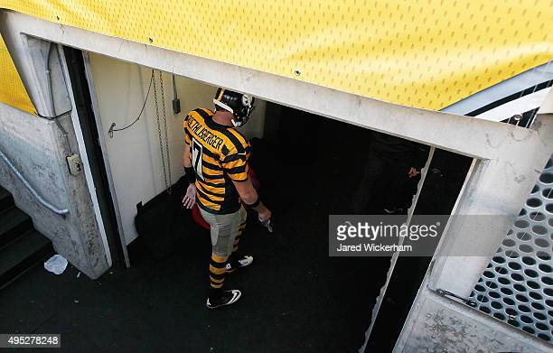Ben Roethlisberger of the Pittsburgh Steelers leaves the field at the end of the game against the Cincinnati Bengals at Heinz Field on November 1...