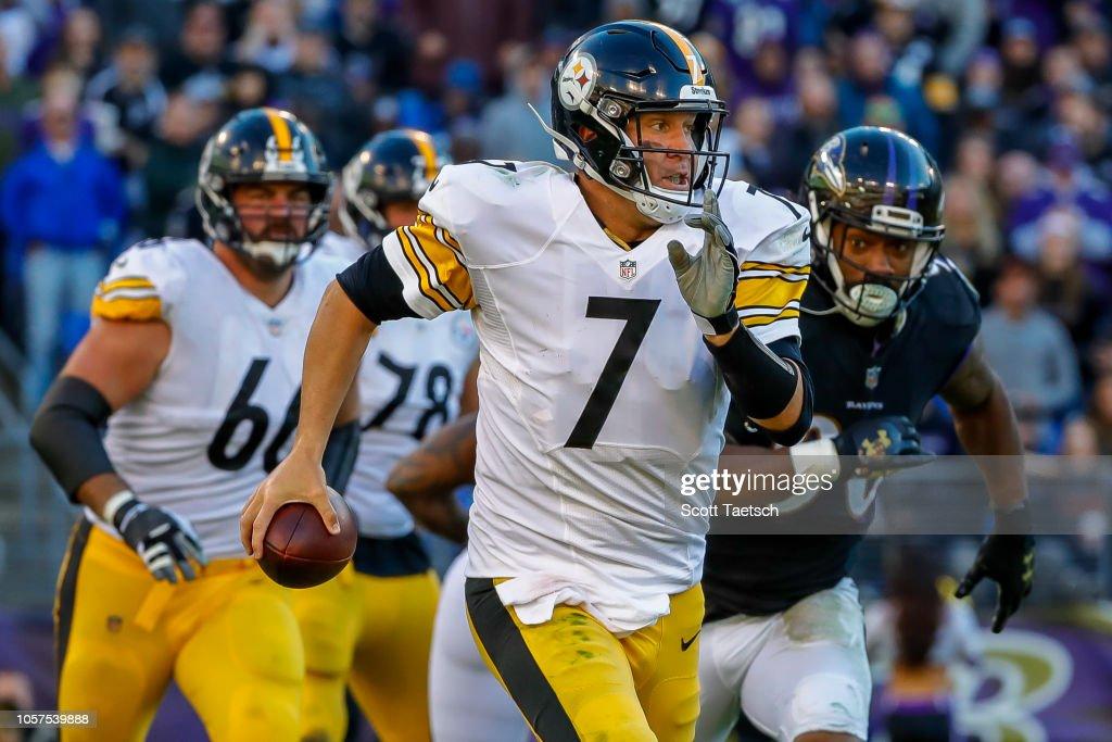 Pittsburgh Steelers v Baltimore Ravens : News Photo