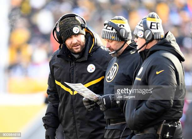 Ben Roethlisberger of the Pittsburgh Steelers talks with Todd Haley during the game against the Cleveland Browns at Heinz Field on December 31 2017...