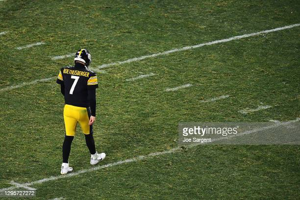 Ben Roethlisberger of the Pittsburgh Steelers walks to the huddle during the second half of the AFC Wild Card Playoff game against the Cleveland...