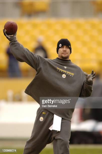 Ben Roethlisberger of the Steelers seen during pregame at Heinz Field in Pittsburgh Pa on Sunday Dec 24 2006