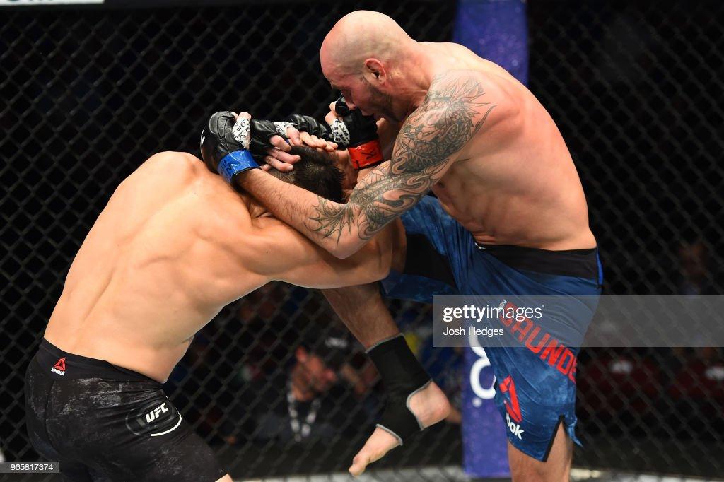 UFC Fight Night: Ellenberger v Saunders : News Photo